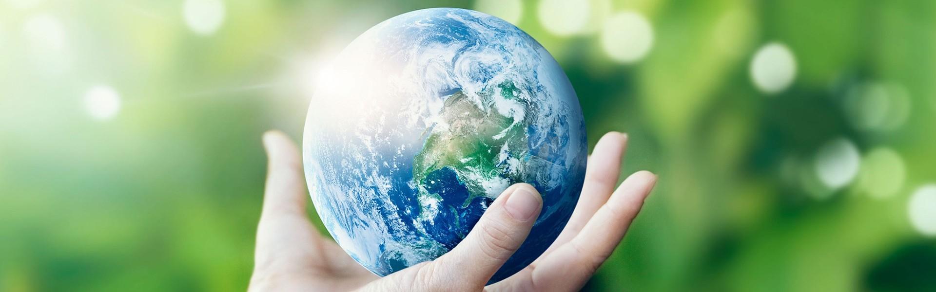 manos-que-sostienen-el-mundo